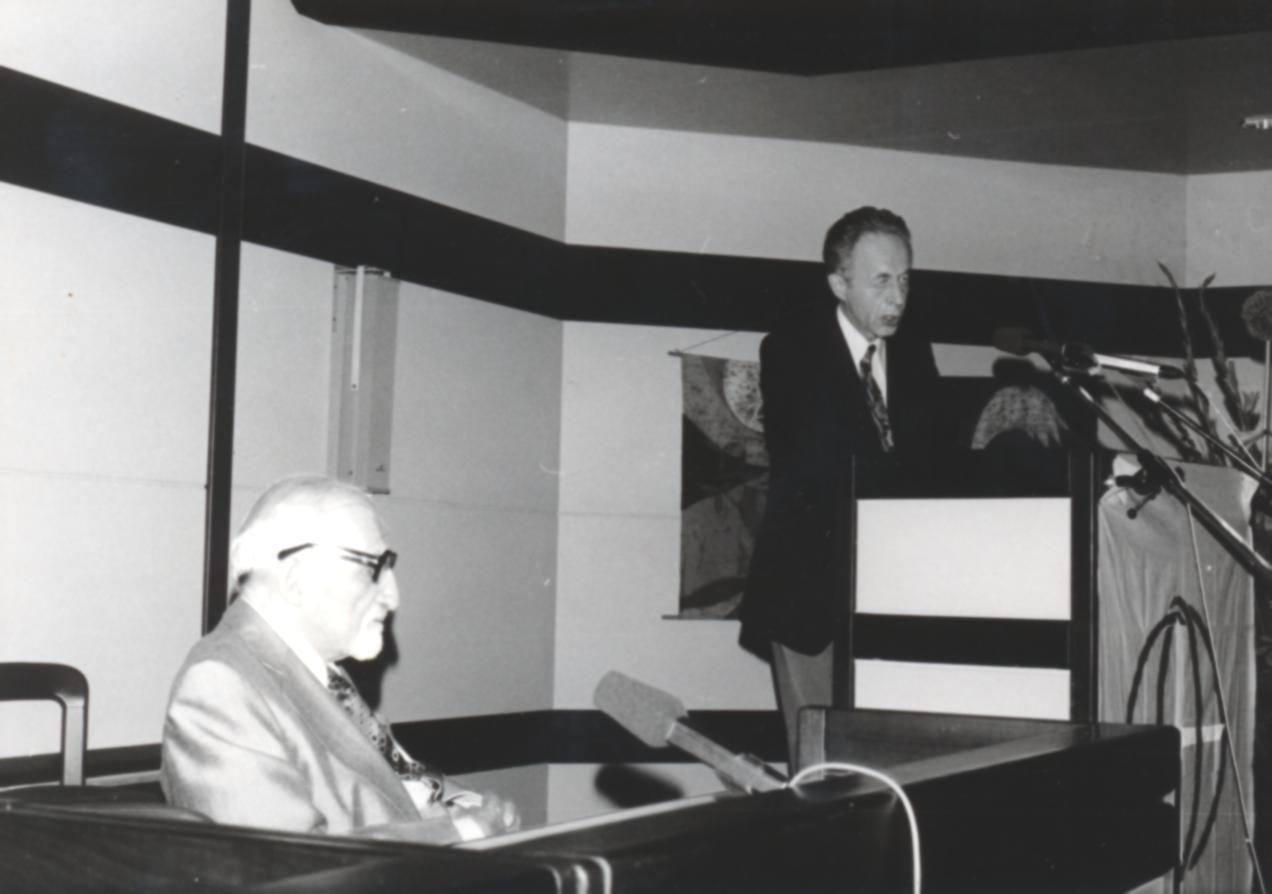 VI. Imago Mundi Kongress 1976, Haus St. Ulrich, Augsburg, von links Prof. Tenhaeff und Dr. Walter Kucher