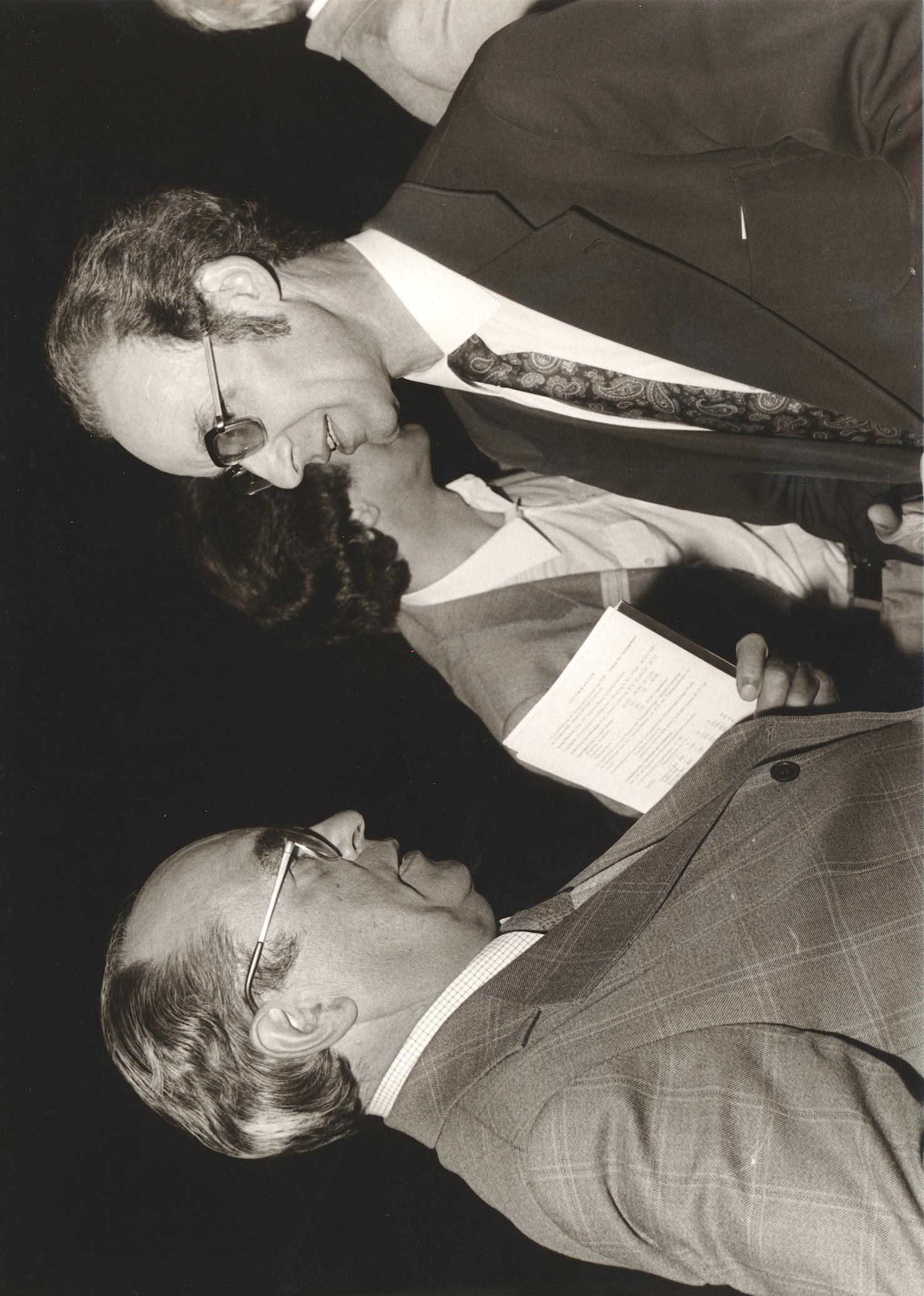 VIII. Internat. Imago Mundi-Kongress 1980, Innsbruck, rechts Dr. Günter Emde