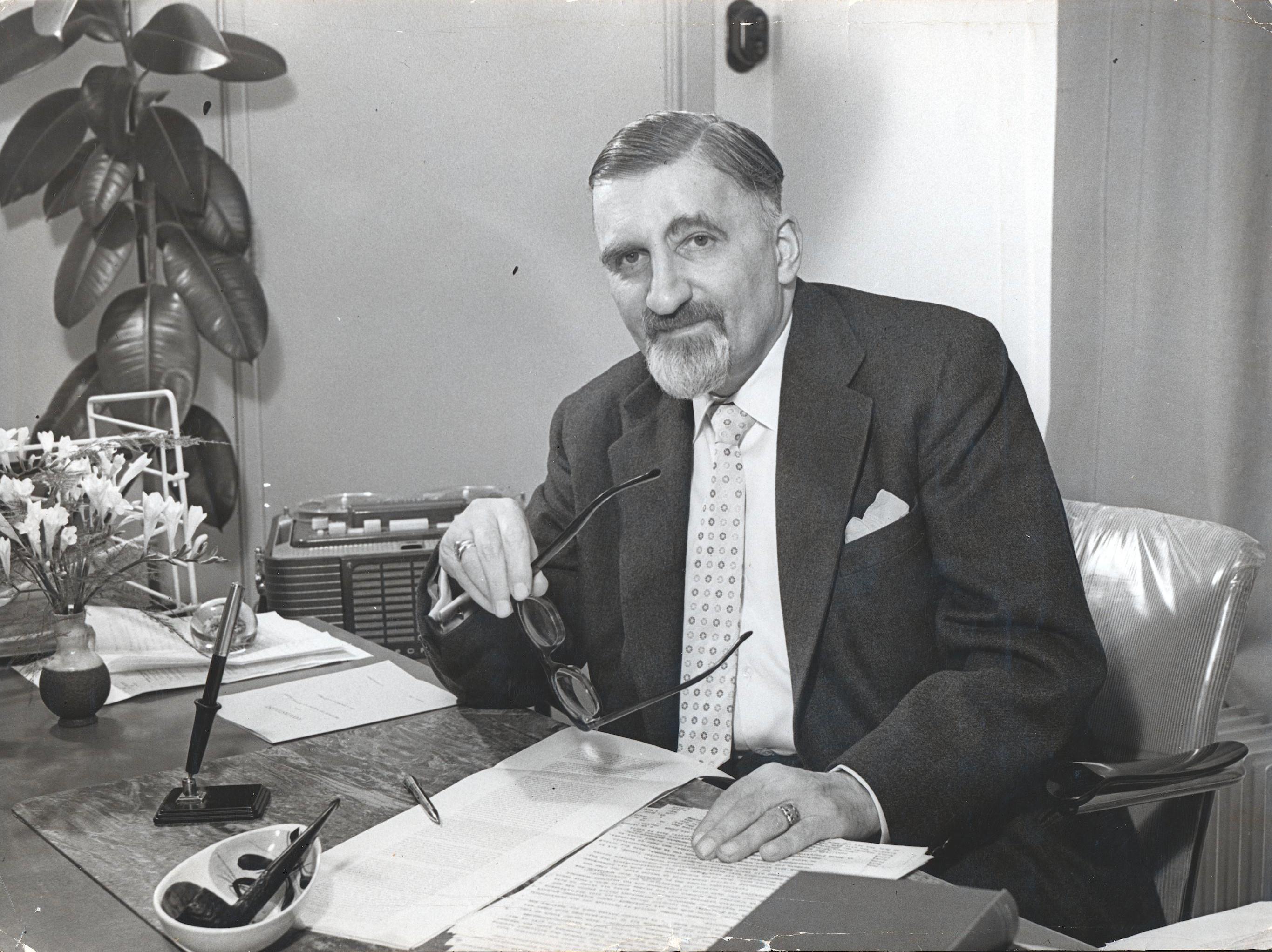 Pof. Dr. Wilhelm Heinrich Carl Tenhaeff  (1894-1981)