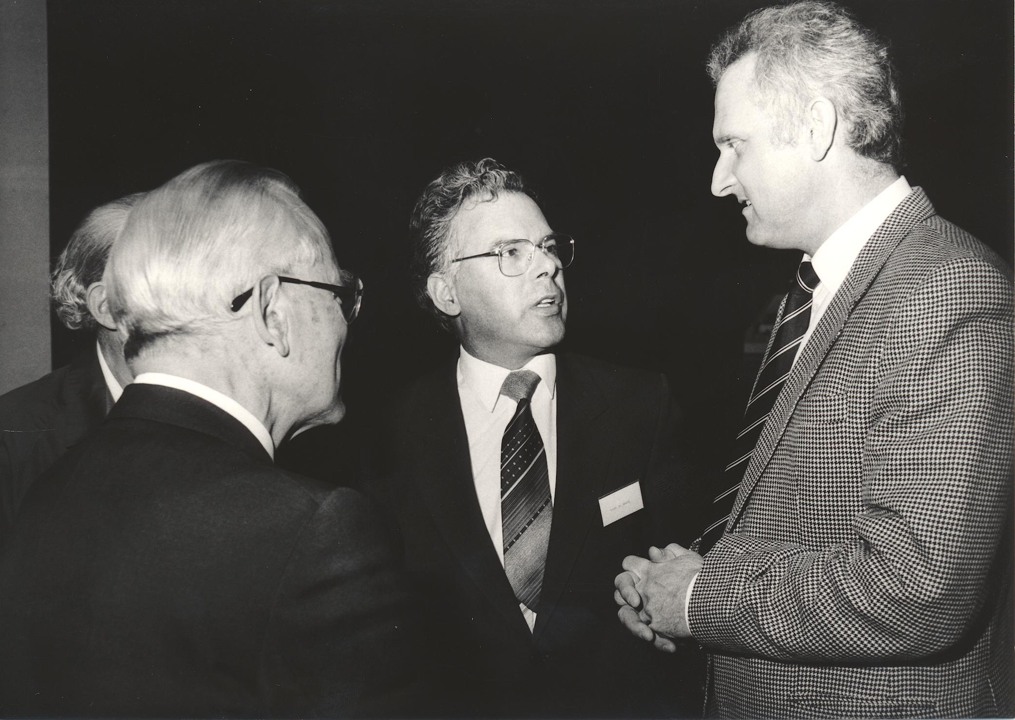 XI. Imago Mundi-Kongress 1987, Innsbruck, von links Prof. Dr. Rudolf Gross, Prof. Andreas Resch, Prof. Dr. Raimund Margreiter