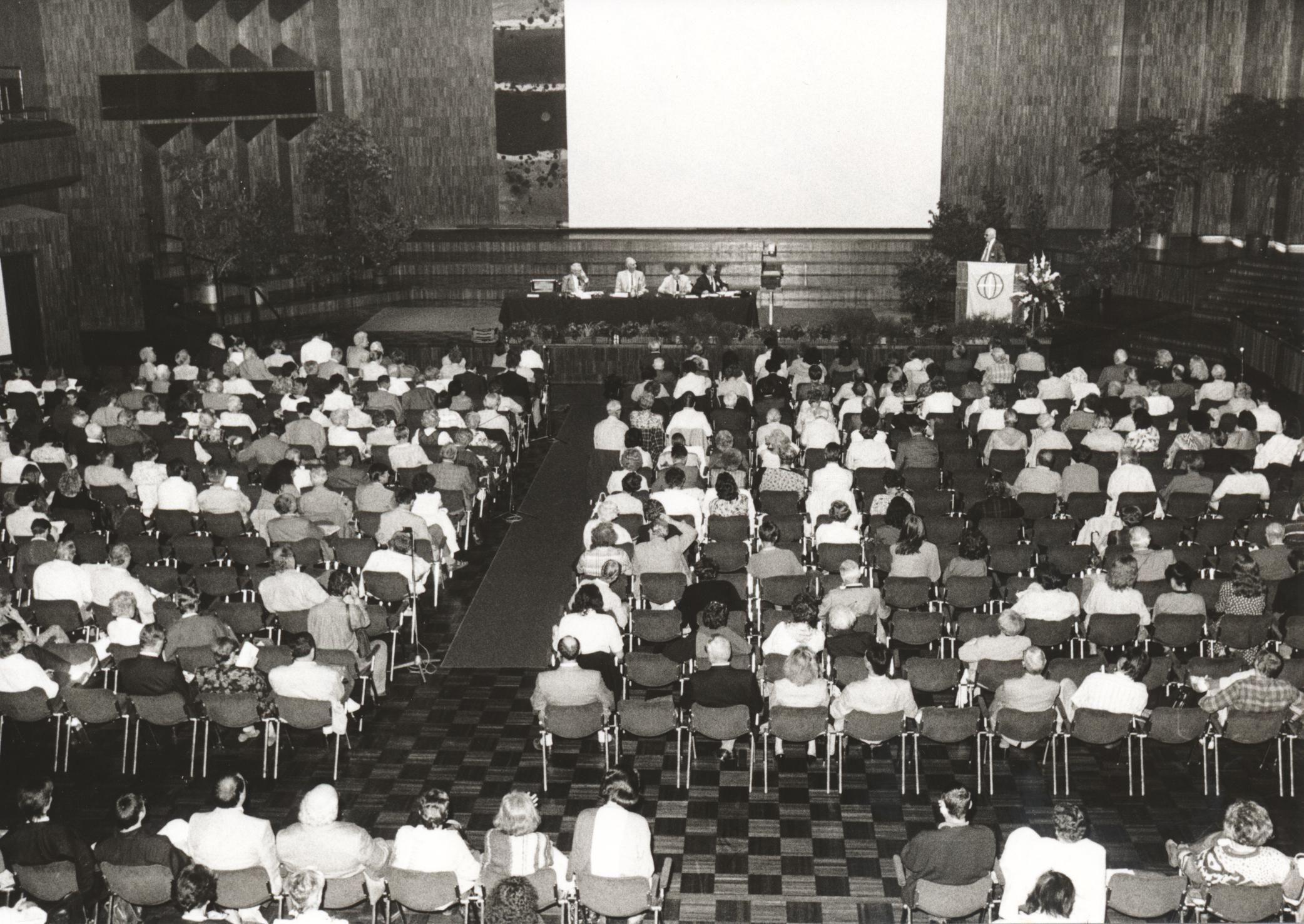 XII. Imago Mundi-Kongress 1989, Innsbruck, Teilnehmerfoto